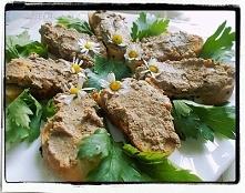 Pasztet toskański z drobiowych wątróbek - Tuscan Liver Pate Crostini - Crosti...