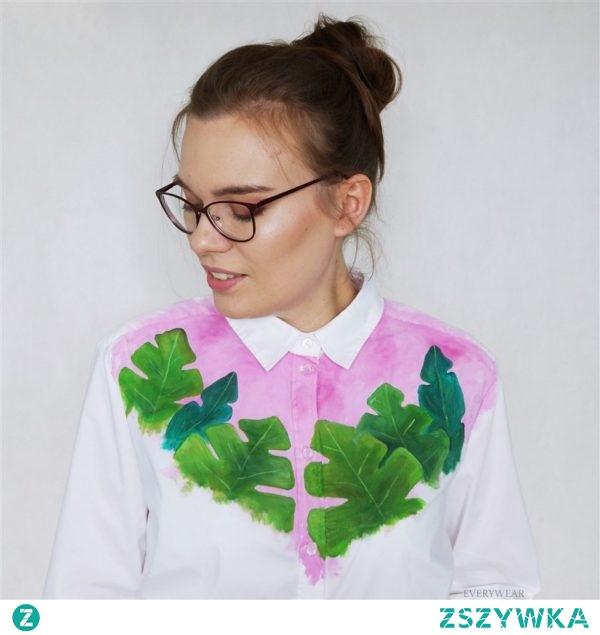 Ręcznie malowana koszula w bardzo modnym wzorze monstery. :) Chętnie wykonam ją specjalnie dla Ciebie. :) Kliknij w zdjęcie aby poznać cenę. EveryWear