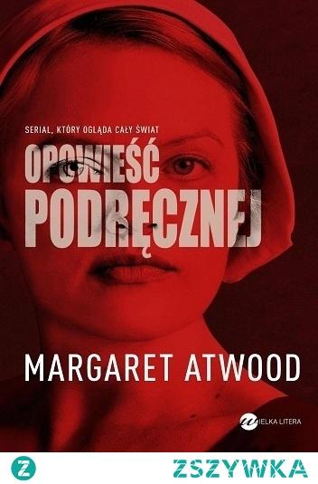 Opowieść podręcznej Margaret Atwood  Wstrząsająca antyutopia o piekle kobiet. Świat jak z najgorszego koszmaru, gdzie reżim i ortodoksja są jedynym prawem.  Freda jest Podręczną w Republice Gilead. Może opuszczać dom swojego Komendanta i jego Żony tylko raz dziennie, aby pójść na targ, gdzie wszystkie napisy zostały zastąpione przez obrazki, bo Podręcznym już nie wolno czytać. Co miesiąc musi pokornie leżeć i modlić się, aby jej zarządca ją zapłodnił, bo w czasach malejącego przyrostu naturalnego tylko ciężarne Podręczne mają jakąś wartość.  Ale Freda pamięta jeszcze, choć wydaje się to nierealne, że kiedyś miała kochającego męża, wychowywali córeczkę, miała pracę, własne pieniądze i mogła mówić. Ale tego świata już nie ma…  Na podstawie powieści powstał znakomity serial pod tym samym tytułem.