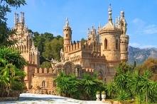 Baśniowy zamek Colomares - Hiszpania