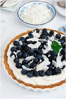 Tarta z borówkami i białą c...