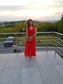 Koralowa sukienka maxi Zara...