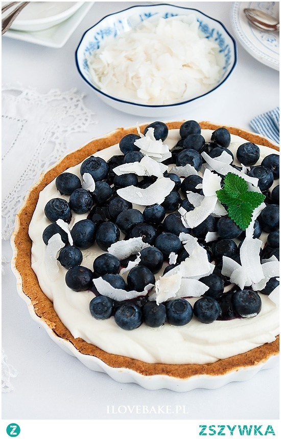 Tarta z borówkami i białą czekoladą