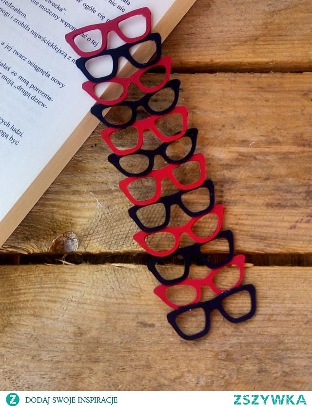 Okularowa zakładka do książki :)