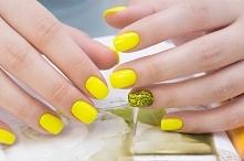 Żółte paznokcie to kolejna ...
