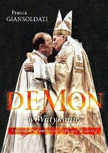 Największy skandal w dziejach wyższej hierarchii kościelnej ostatnich paru stuleci.  Wstrząsający reportaż o jednej z najmroczniejszych postaci współczesnego Kościoła: Gabrielu ...