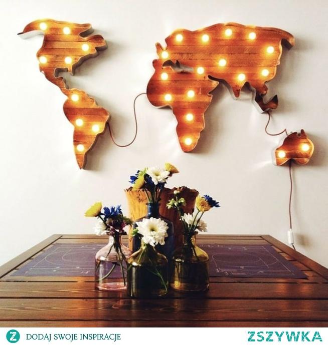 Świetlna dekoracja dla podróżników