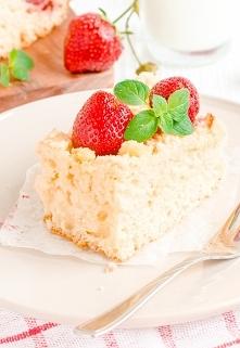 Ciasto drożdżowe z truskawk...
