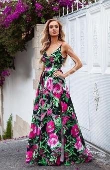 Przepiękna suknia kwiatowa....