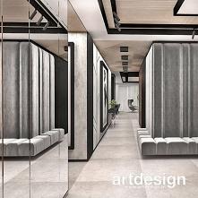 Hol lub przedpokój to przestrzeń, która może być efektowna, a przy tym wygodna. Aranżacja holu dużym tapicerowanym siedziskiem, lustrami, efektownymi okładzinami ścian i ciekawy...