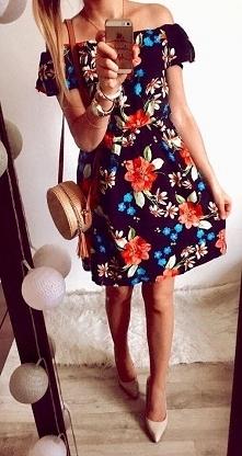 Sukienka w kwiatki dostepna na FB -Butik Gretastyl