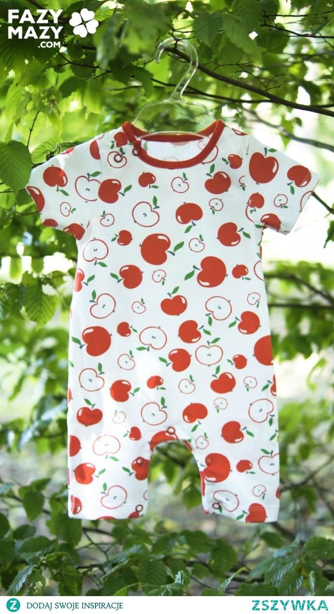 Przewiewne sukienki i rampersy niemowlęce na lato - jak ubrać małą dziewczynkę w czasie upałów?