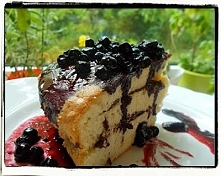 Biszkopt przekładany z jagodami i porzeczkami - Blueberry And Black Currant Sponge Cake - Pan di Spagna ai frutti di bosco