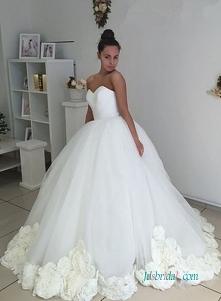 Organza # ballgown #wedding...