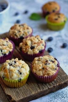 Muffinki z jagodami i krusz...