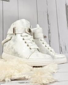 Sneakersy na koturnie od Pa...