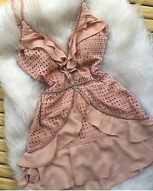 Zmysłowa sukienka idealna n...
