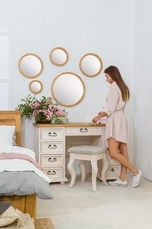 okrągłe lustra dekoracyjne w drewnianej ramie meble-woskowane.com.pl