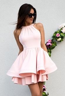 MELANIE - rozkloszowana sukienka z dwóch falban pudrowo różowa sukienkowo.com Kliknij w zdjecie by przejsć do produktu