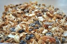 Białkowa granola domowej ro...