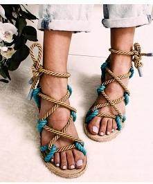 sznury, liny.. to one dominują w najciekawszych modelach damskich sandałów! kliknij w zdjęcie i sprawdź gdzie kupić :)