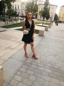 stylizacja : sukienka ZARAZ , buty i torebka  RIVER ISLAND