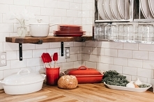 Jak zaoszczędzić na wyposażeniu kuchni? Garść porad po kliknięciu w zdjęcie.