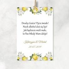 Zawieszki na alkohol, na wódkę weselną. Żółte kwiaty, wierszyki i złoty napis.