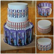 Tort ze słodkości