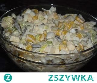 Sałatka z porem, kukurydzą i serem