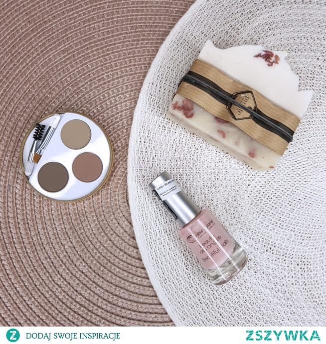 Idealny makijaż brwi - Couleur Caramel