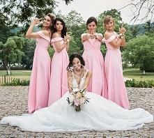 Druhny w różowych sukienkac...