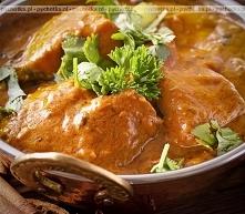 Piersi kurczaka w sosie curry