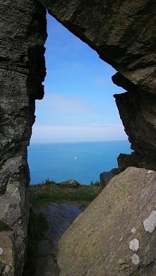 Okno z widokiem na morze
