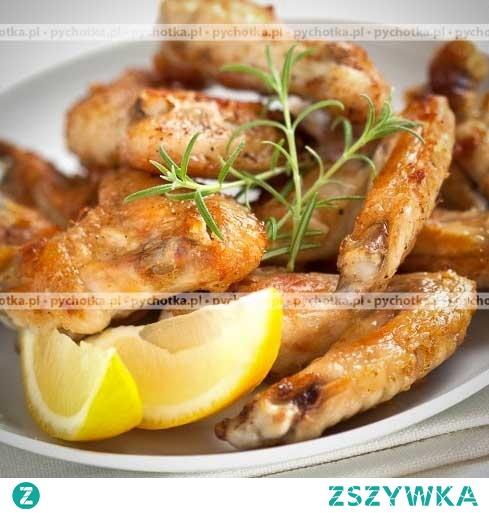 Pikantne skrzydełka z kurczaka na grillu pieczone