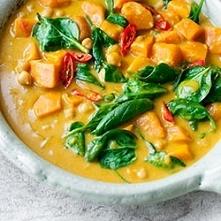 Tajskie curry z ciecierzycą...