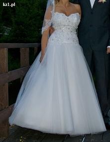 Suknia ślubna princeska.