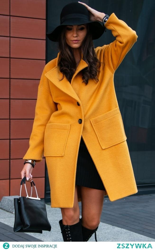 Musztardowy płaszcz damski Roco Fashion