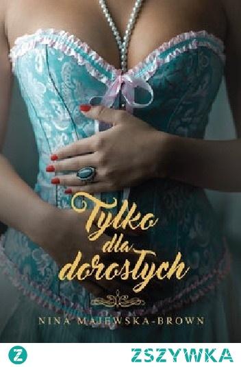 """Pierwsza książka w nowej serii autorki bestsellerowych cyklów """"Nina Braun"""" i """"Anka""""  Klara ma pewną pracę, mieszkanie po babci i wiedzie spokojne życie singielki. Ma też kompleksy, matkę, która nie może się doczekać jej ślubu, i okrągłe urodziny, o których woli nie pamiętać. Oraz szalone przyjaciółki, które uznały, że najwyższa pora, by Klara wzięła sprawy w swoje ręce, i wyciągnęły ją na babski dzień w SPA. Spektakularną metamorfozę wieńczy niespodzianka stulecia. A właściwie nawet kilku, bo po upadku na zajęciach z tańca na rurze, które są urodzinowym prezentem, Klara budzi się w… 1881 roku!  Miłość, namiętność i gorsety – ta historia przyprawi cię o szybsze bicie serca. I nie tylko!  Po pierwszym szoku odkrywa, że ta zmiana ma swoje plusy. Klara jest traktowana jak dama, a niecodzienna sytuacja budzi w niej ukryte dotąd śmiałość i odwagę. Czas zaszaleć! Przystojny i czarujący Konstanty wydaje się idealnym kandydatem na namiętnego kochanka. Ale to, co miało być tylko chwilową przygodą, niespodziewanie przeradza się w prawdziwe uczucie. Droga do szczęścia nie jest jednak usłana różami: desperacko pragnąca wydać córkę za mąż pani matka pcha Klarę w ramiona dużo starszego wdowca, a wszechwładna baronowa niezbyt przychylnie patrzy na fascynację Konstantego, jej jedynego spadkobiercy, uboższą krewną. Zakochani nie zamierzają jednak dbać o konwenanse. Skandal wisi w powietrzu… Czy ich miłość to przetrwa? I czy odnajdą się w innym czasie?"""