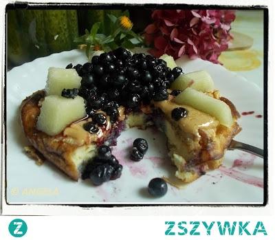 Omlet z melonem i jagodami - Canary Melon And Bluberries Omelette - L'omelette dolce al melone e mirtilli