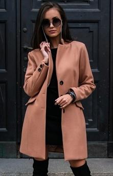 Wełniany płaszcz damski kar...