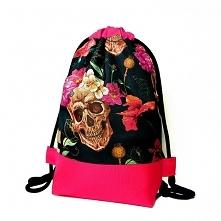 Damski plecak worek z czasz...