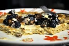 Owsiany omlet z borówkami :...
