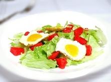 Sałatka z arbuzem i jajkiem
