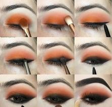 smokey eye z pomarańczowym cieniem