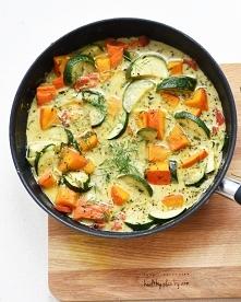 Duszone warzywa w sosie