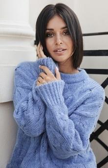 BE Ciepły swetr z warkoczow...