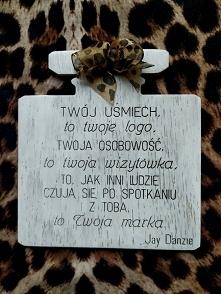 .. drewniana tabliczka perf...