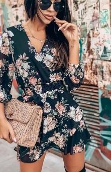 Kwiatowa mini sukienka Lola Fashion