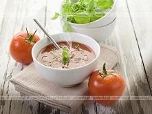 Zupa pomidorowa z jogurtem
